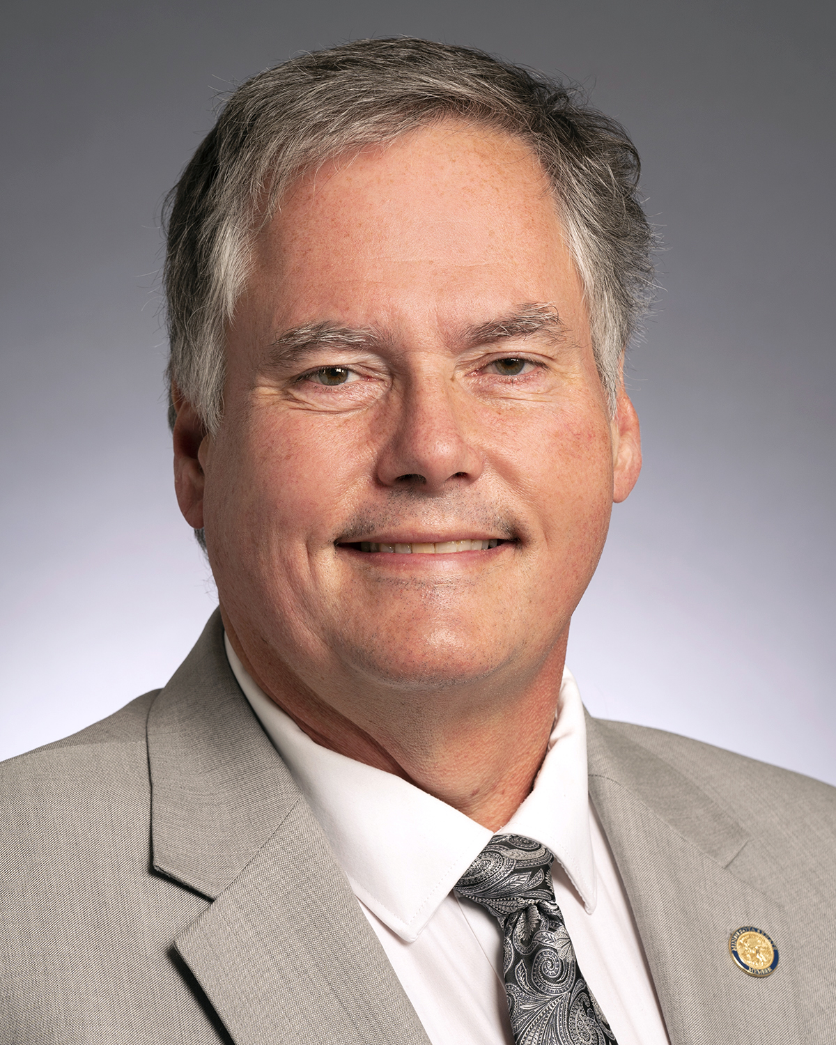 Photo of Senator Osmek