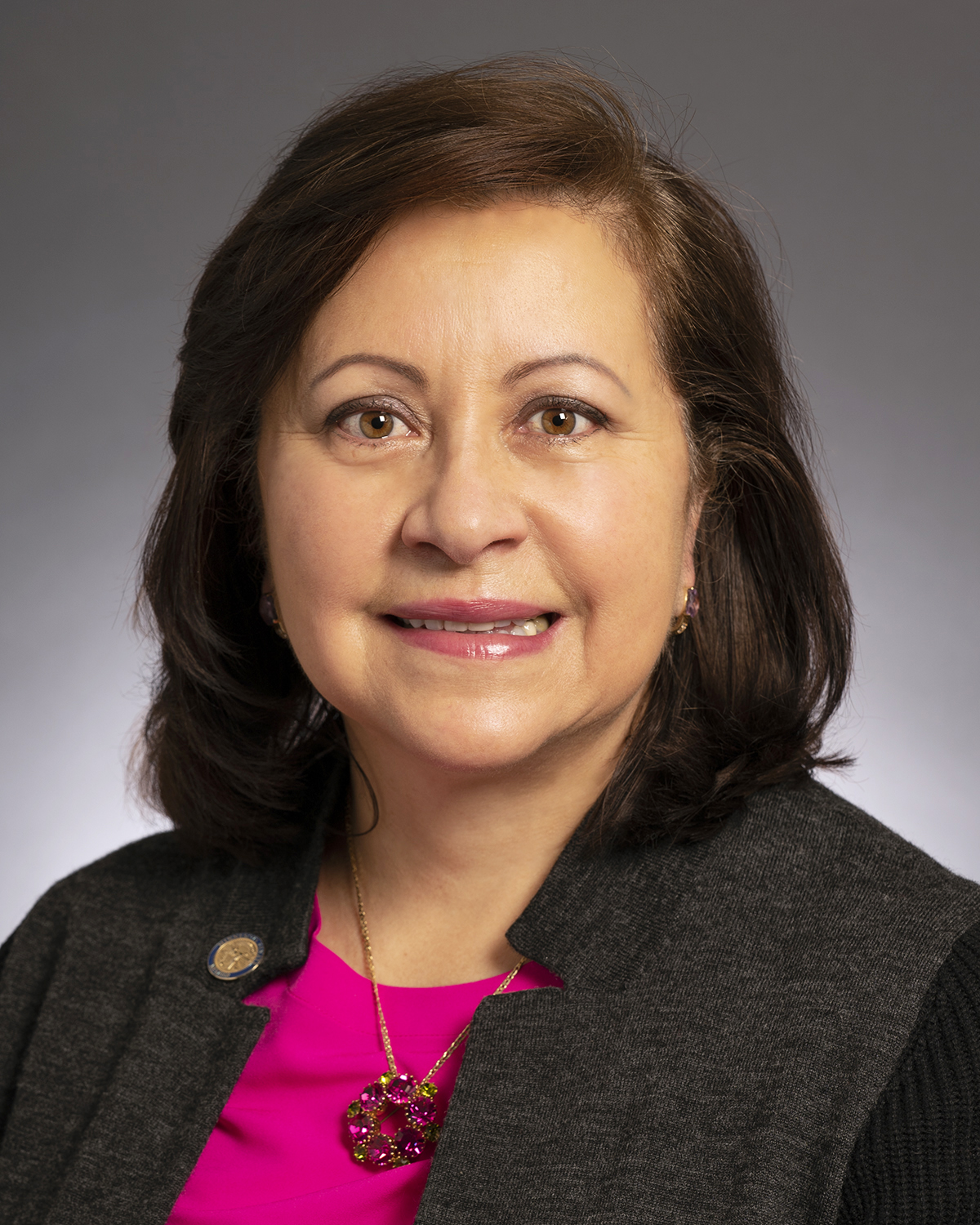 Photo of Senator Torres Ray